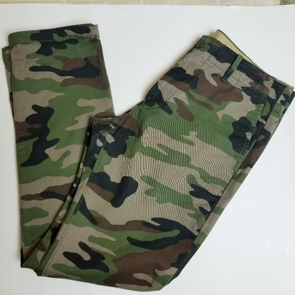 best service where can i buy fantastic savings GAP Pants   Camo Mens Army Camouflage Chinos Khakis   Poshmark